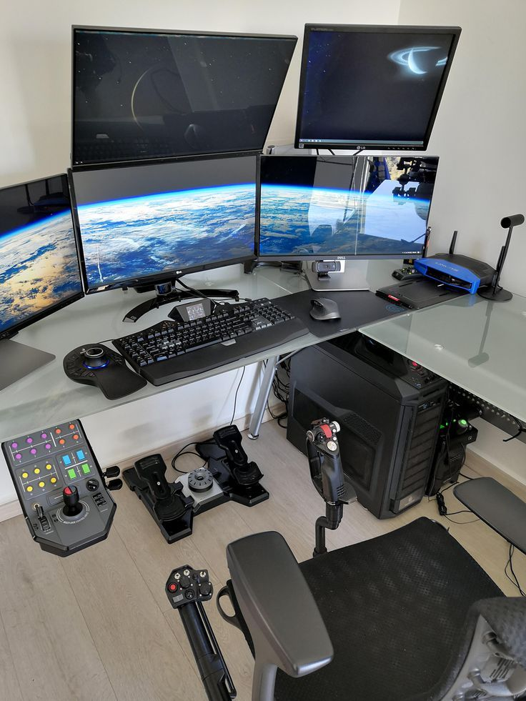 BigRigMk10: New desk and finally upgraded to win 10 thought I'd share while it's clean. –  – #GamerRoom|DIY