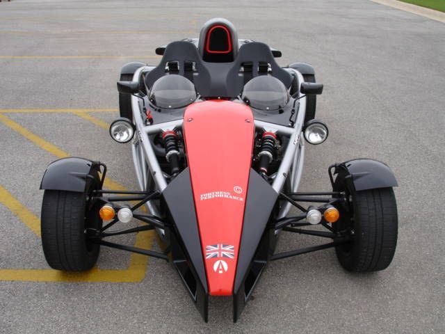 http://www.refined-marques.com/cjg/wp-content/uploads/2011/11/Ariel-Atom-front.jpg