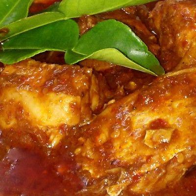 filetes de pescado en salsa de tamarindo