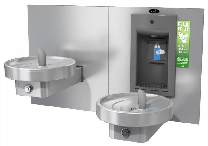 """Питьевой комплекс MMRSLSBF: """"Врезной"""" аппарат для наполнения бутылок с механической активацией и круглый питьевой фонтанчик"""