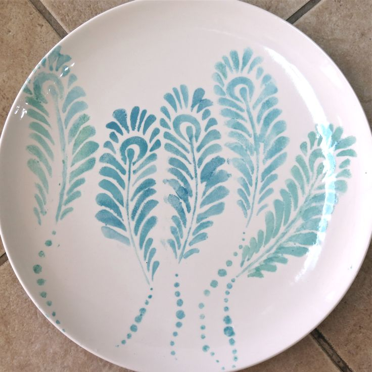 Peacock Feathers Stencil Made By Balzer Designs And The Crafter S Workshop Plate Made At