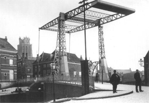 Dordrecht<br />Dordrecht Sluisbrug vanaf Sluisweg