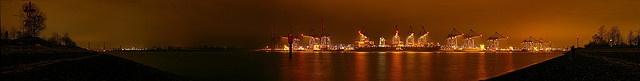 Altenwerder Containerhafen - Hamburg by TIAN@OTF, via Flickr