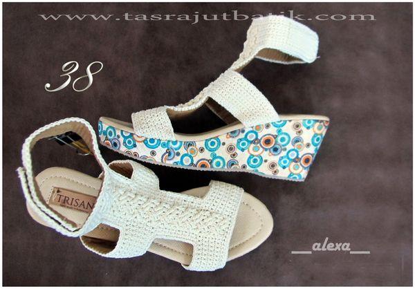 Sepatu Rajut ALEXA wedgesshoes