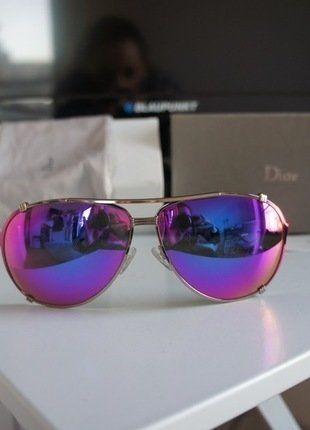 À vendre sur #vintedfrance ! http://www.vinted.fr/accessoires/lunettes-de-soleil/26776811-lunette-dior-neuve-et-authentique