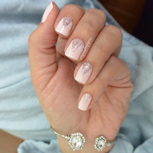 Sparkly Neutral Nails for Prom