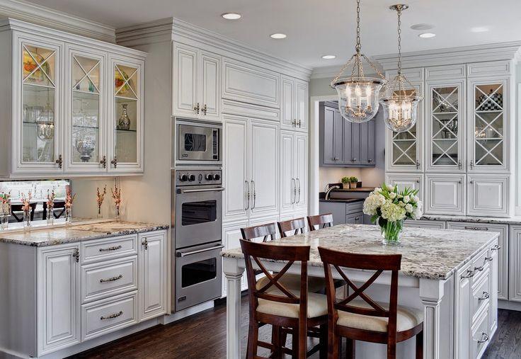 """Дизайн-студия """"Drury Design"""" из Чикаго наглядно нам показывает, как надо делать красивые кухни из дерева в американском стиле. Посмотри великолепные проекты и ты поймешь, что значит """"красота по-американски""""!"""