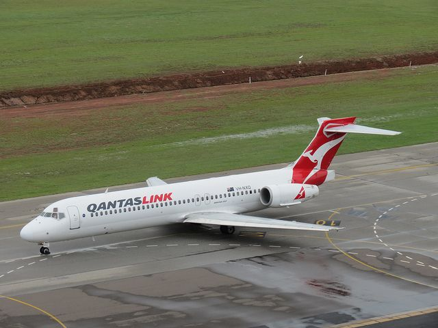 Qantaslink Boeing 717 Taxiing at Darwin Airport