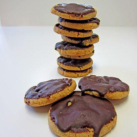 Gluten/Grain-Free Pure Peanut Butter & Chocolate Cookies @Curt Despres