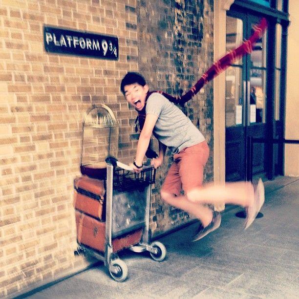 Partire per Hogwarts attraverso il binario 9 e ¾