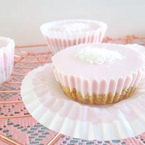 De gezonde cheesecake cupcakes. Erg simpel om te maken en errrrrg lekker!  Wat is jouw favo taartje?  #instafood #foodie #food #easydailyfood #instafood #eatclean #healthylifestyle