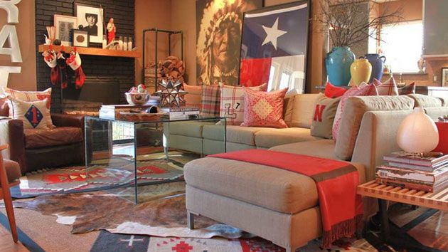 We are pretty excited to show off this cool list that we have created about the 16 Awesome Western Living Room Decors