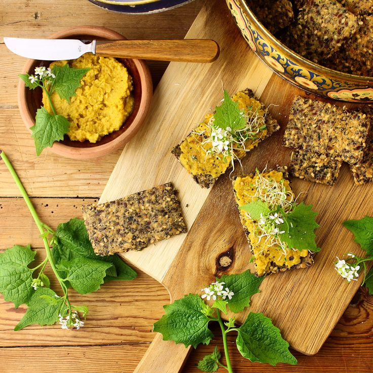 Sprøde, lækre glutenfrie kiks med tørret brændenælde – Mad med glød