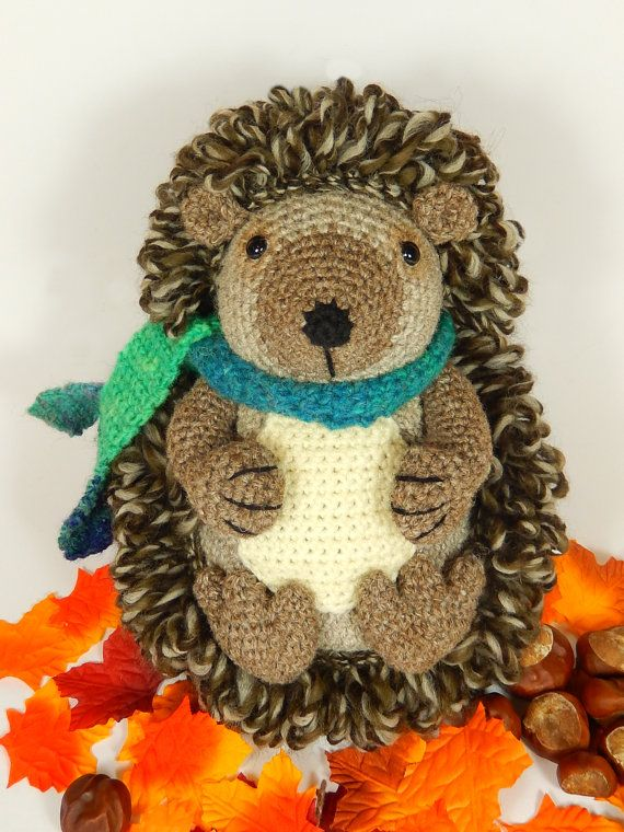 Hedley the Hedgehog  Amigurumi Crochet Pattern.