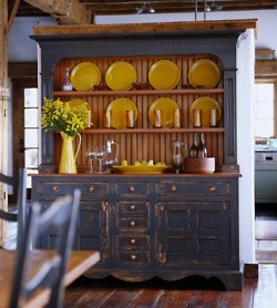 blue cupboard: Dining Room, Painted Hutch, Color Combos, Style, Blue, Country Kitchen, Yellow