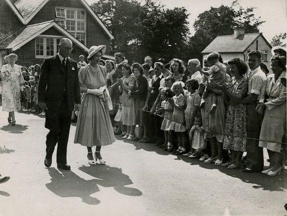 SHC ref CC135/6: Princess Elizabeth [later Queen Elizabeth II] at Windlesham School prize-giving, Jul 1949