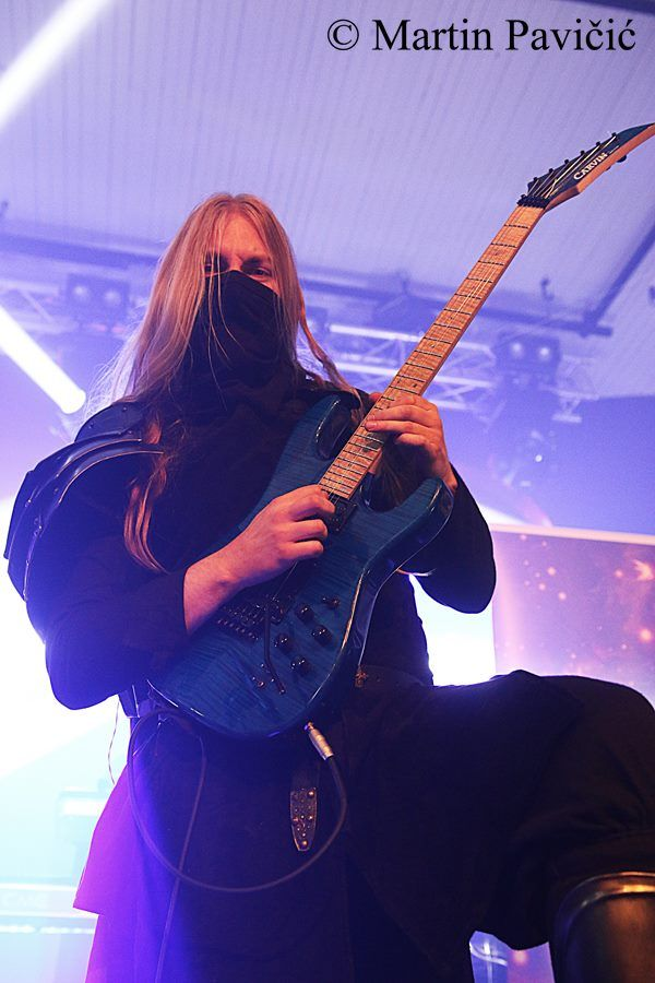 Lynd - Twilight Force ⚫ Photo by Martin Pavičić ⚫ Huskvarna 2016 ⚫ #TwilightForce #music #metal #concert #gig #musician #Lynd #guitar #guitarist #mask #ninja #armour #armor #leather #blond #longhair #show #photo #fantasy #magic #cosplay #larp #man #onstage #live #celebrity #band #artist #performing #Sweden #Swedish #Falun #Huskvarna #FolketsPark