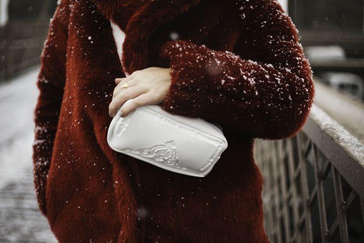 white pouch MeDusa Bags by Patrizia Messineo
