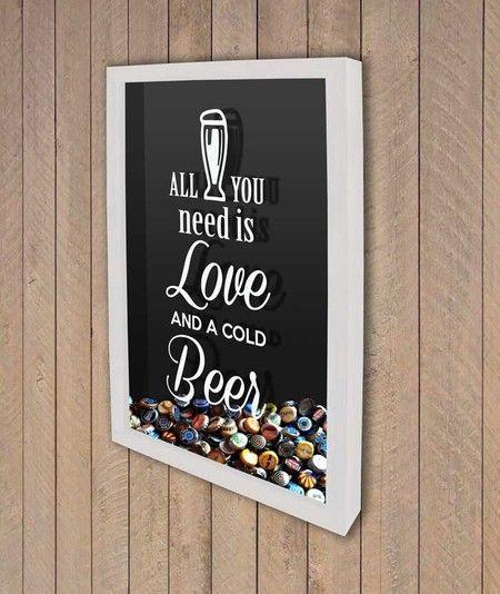 Quadro para Tampinhas de Cerveja - All you need is love & a cold Beer - Quadro Novo - Molduras e Decoração