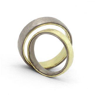Hochwertige Eheringe in 585 Graugold / Grüngold Damenring, Herrenring: 6mm breit, 2mm stark Oberfläche: mattiert / poliert