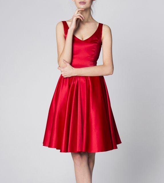 http://szyjemysukienki.pl/kategoria/sukienki/konstancja-czerwona