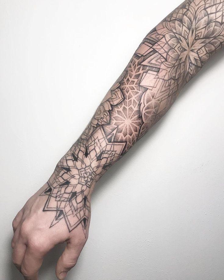"@dasha_sumtattoo on Instagram: ""Barcelona-April ❣️ #dotwork #linework #tattoo #mandala #mandalatattoo"