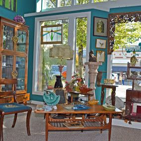 Mia S Marketplace Of Antiques More In Downtown Historic Hendersonville Nc Features 14 Unique