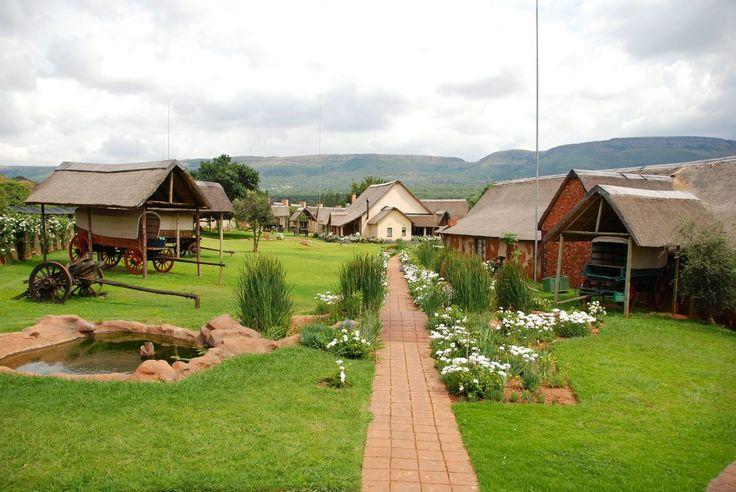 Askari Lodge - View of lodge and wagons