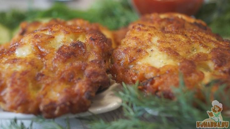 Рубленные котлеты из Куриной грудки. Готовятся котлеты достаточно быстро, при этом всегда получаются сочными, мягкими, аппетитными и сытными.
