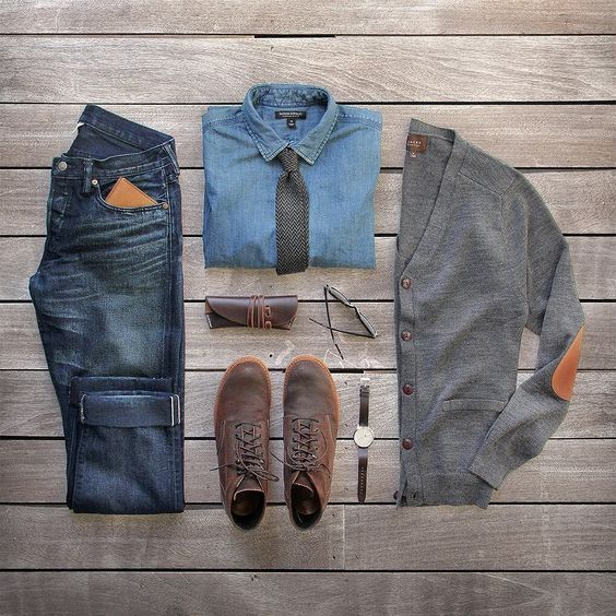 Formally casual.  Cardigan: @jachsny charcoal merino wool  Shirt/Tie: @bananarepublic  Watch: @uniformwares C40 cordovan strap  Denim: RRL @ralphlauren  Wallet: @bisonmade  Boots: @redwingheritage for