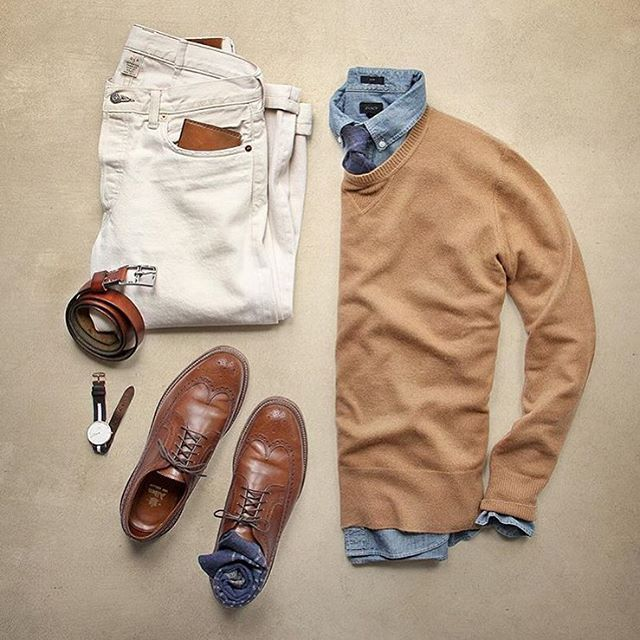 Cheers  to the versatility of a chambray.  @thepacman82 Chambray: @jcrew Cashmere sweater: @toddsnyderny Shoes: Alden Tan Longwing Denim: @ralphlauren