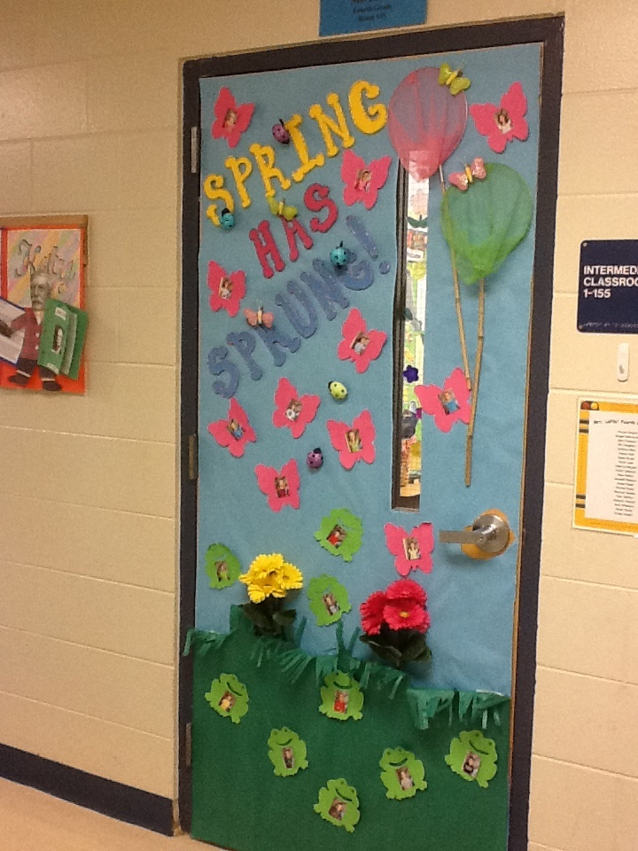 68 best images about classroom door decorating ideas on for Back to school decoration ideas for teachers