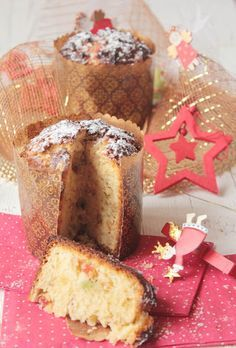 Panettone navideño, paso a paso. El Panettone es un dulce típico de la Navidad, originario de Italia, concretamente de Milán,  pero que en España se ha hecho un hueco entre todos los dulces navideños, os vamos a enseñar cómo prepararlo en casa.