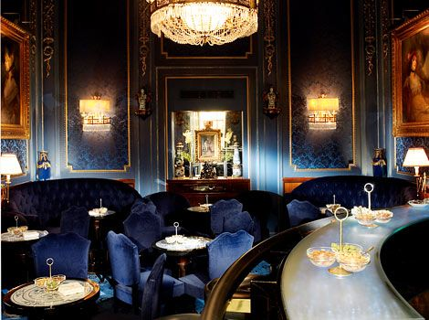 Sacher Restaurants Vienna : Blue Bar : Luxury, deep blues, velvet, ambient, detail