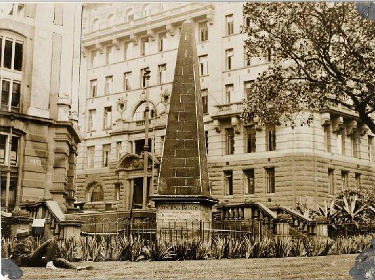 obelisk, Macquarie Place