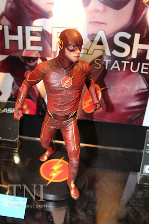The Flash TV show statue