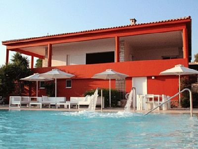 Semesterbostäder och villa Sounio, Grekland | 5 sovrum, 12 sovplatser - Dröm villa med stor infinity pool i Sounion nära Aten