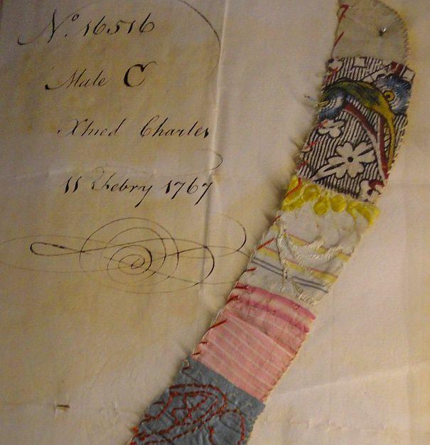 Deux pages de registres du Foundling Museum ;
