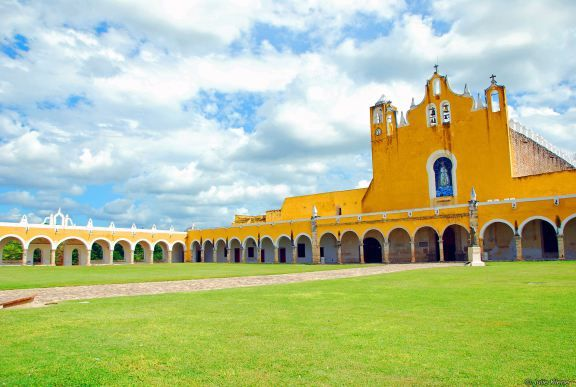 Izamal convent, Yucatan, Mexico