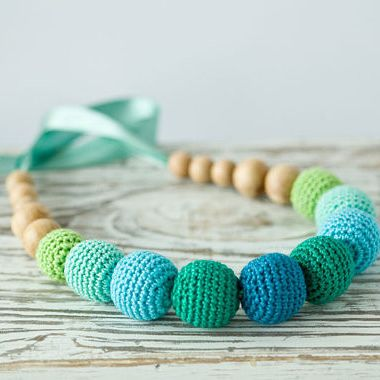 Ocean Rainbow Nursing Necklace - An elegant natural necklace in blue, emerald, teal and lime green colors is sure to make your spirits soar!  A stunning color combination will enliven your daily wardrobe and will give you cheerfulness and vitality!