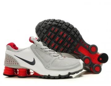 Nike Store. Nike Shox Turbo+ 10 Mens Running Shoes - White/Grey