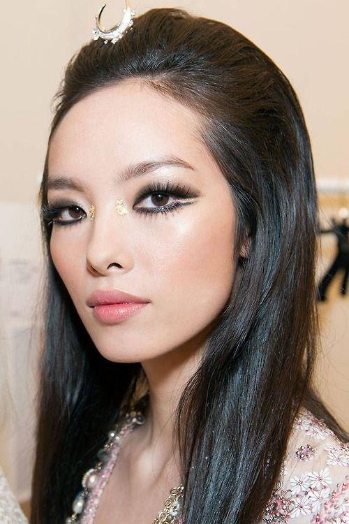 Fei Fei Sun - #Makeup at Chanel Cruise 2015 #Asian