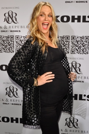 Molly Sims pregnant with baby boy
