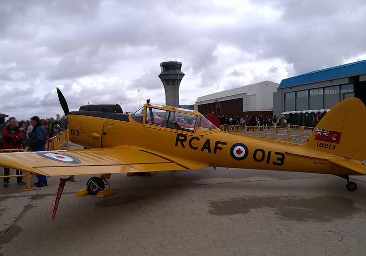 RCAF-013. Año 1946. Avión de entrenamiento básico. Exposición 75 Aniversario del ejército del aire. 11-10-2014. Base aérea de Torrejón de Ardoz.