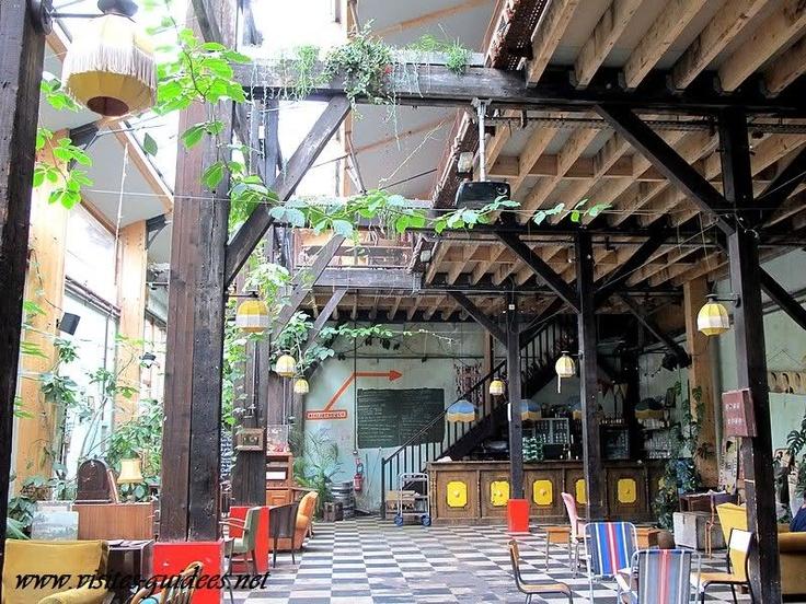 Le Comptoir Général,   80 quai de Jemmapes  75010 Paris.  http://www.lecomptoirgeneral.com/  Du vendredi au dimanche de 11h à 23h
