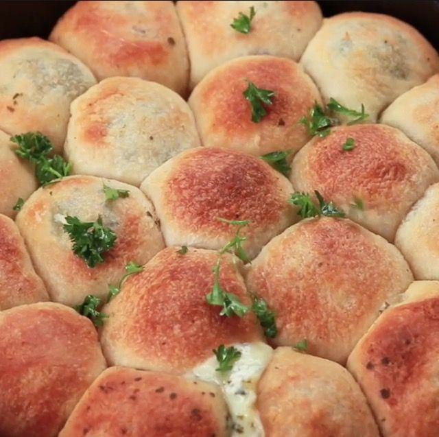 Pesto Mozzarella Cheese Balls