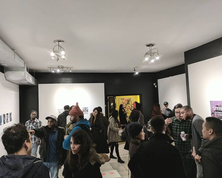 Checked out @trevtwells' 3D Art Gallery at @hashtaggallery last month. Sights and sounds of Toronto in 3D. #stereoexhibit #toronto #artshow