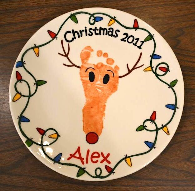 Reindeer Footprint Plate | Paint Your Own Pottery | Paint Your Pot | Cary, North Carolina