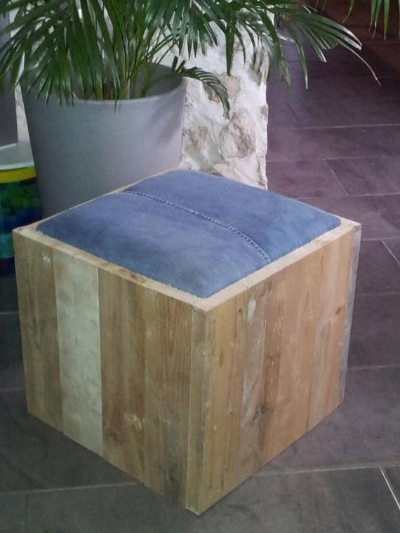 pouf design bois palette et jean 39 s industriel art. Black Bedroom Furniture Sets. Home Design Ideas