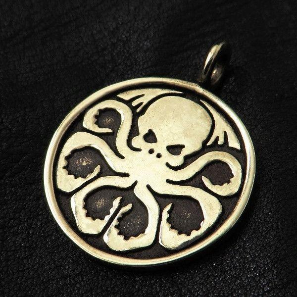 Bronze Cthulhu pendant from The Sunken City by DaWanda.com